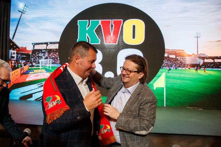 Marc Coucke en Peter Callant, de nieuwe voorzitter van KV Oostende.  Beeld BELGA