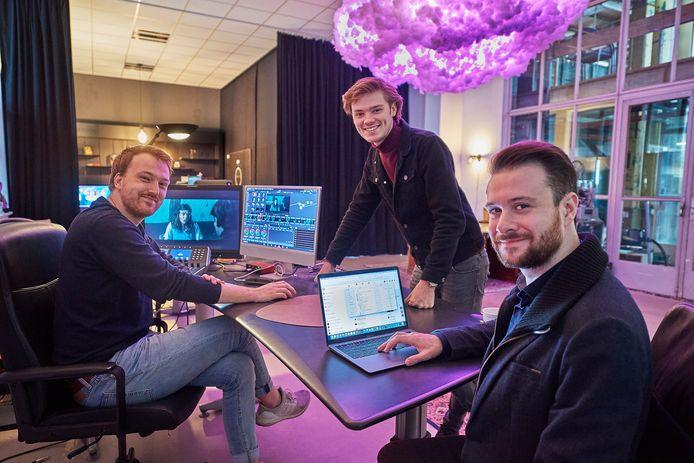 De filmmakers van Studio Gotley in hun studio aan de Noordkade in Veghel. Van links naar rechts Mick Gooren, Niels Peetjens en Pepijn Tebrunsvelt.