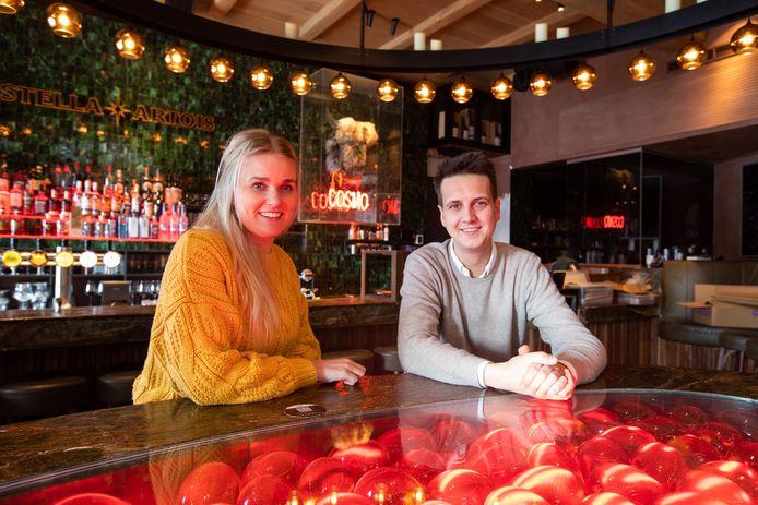 Quirine Quak en Jerome Fontaine, eigenaars van Cosmocafé in Sint-Truiden.