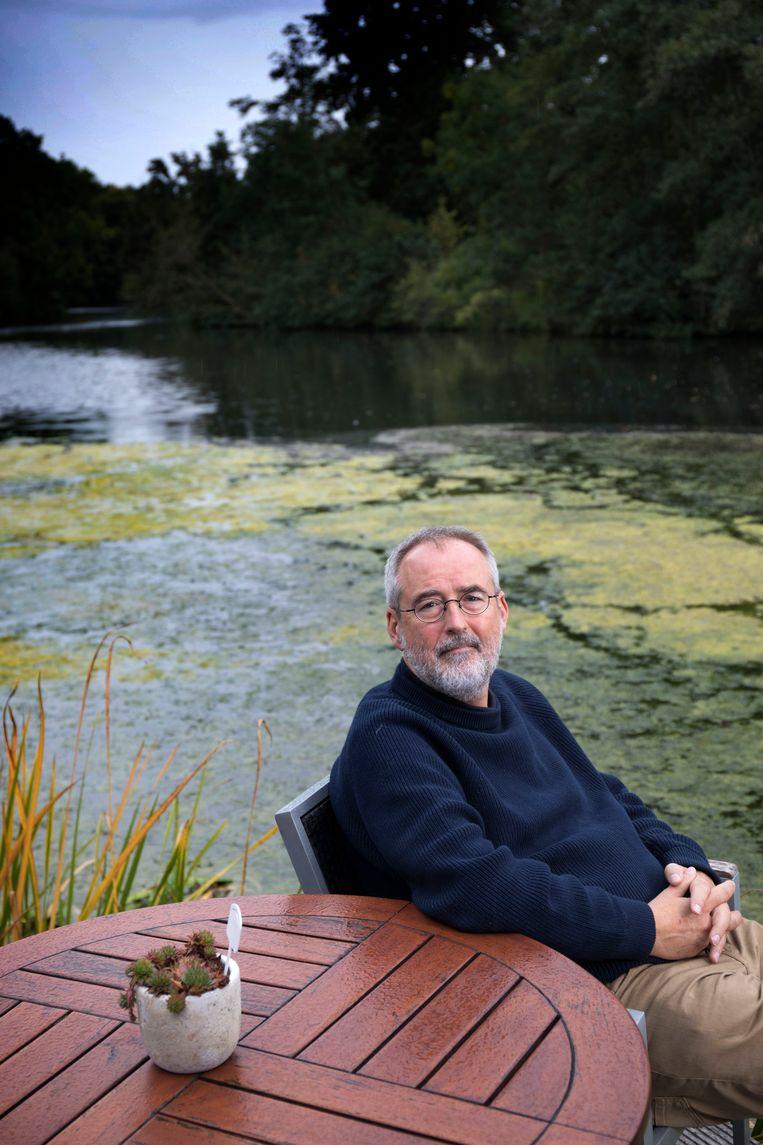 Ronald Giphart: 'Van de verkoopcijfers die ik nu haal, kan ik geen gezin onderhouden.' Beeld Hollandse Hoogte / Werry Crone