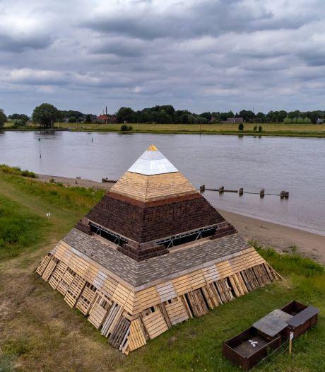 Piramide van Zalk kan gaan 'zweven' door hoge waterstanden: 'Mooi fotomoment?'