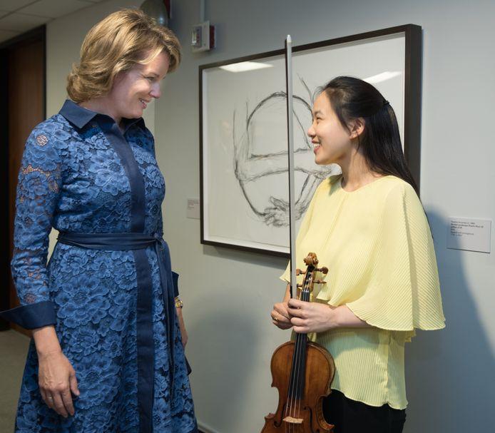 In 2019 won de Amerikaanse Stella Chen de Koningin Elisabethwedstrijd voor viool. Koningin Mathilde feliciteerde haar.