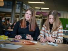Meisjes leren alles over techniek op Girlsday: 'Iedereen steekt er wat van op'