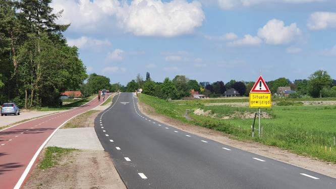 Veel sluipverkeer door Molenstraat in Riethoven; volgende maand verkeerstellingen