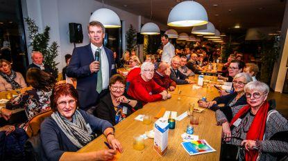 Gemeente zet vrijwilligers in de bloemetjes: OostCampus zit afgeladen vol