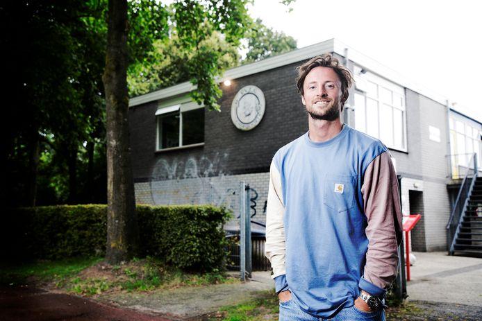 """Sparta-verdediger Bart Vriends begon bij VVZA in Amersfoort met voetballen. ,,Mijn ouders vonden het belangrijk dat ik de 'normale weg' bewandelde."""""""