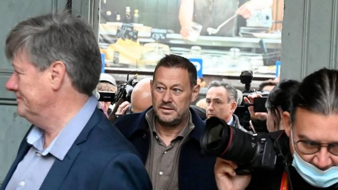 """De Pauw riskeert één jaar voorwaardelijk: """"Hij is geen Weinstein, wel een zielige man die hunkert naar aandacht van jonge vrouwen"""""""