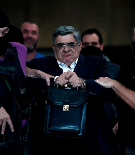 La justice grecque ordonne l'emprisonnement du chef du parti néonazi Aube dorée