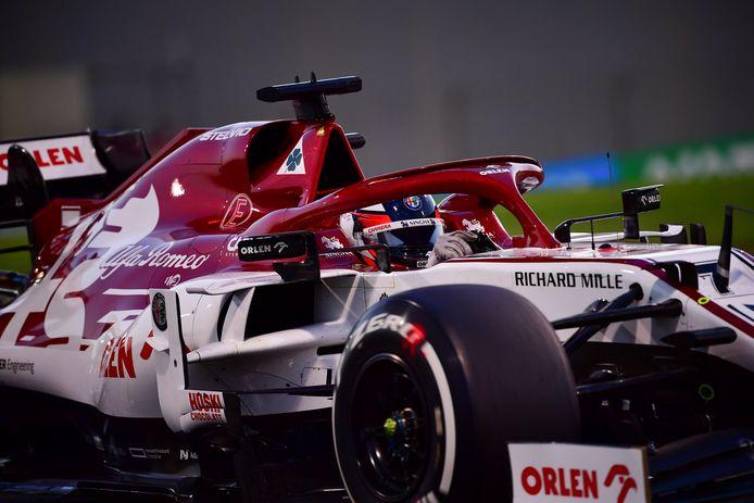 De Alfa Romeo van Kimi Räikkönen van afgelopen seizoen.
