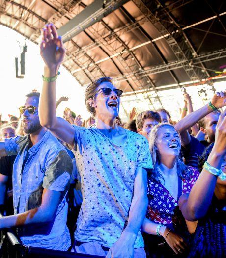 Dit zijn de festivals en concerten waar je deze zomer eindelijk weer van kunt genieten