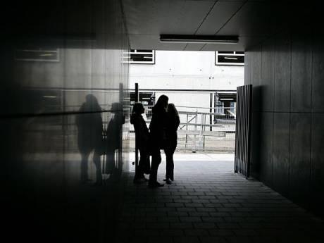 Buurt in Helmond is bang voor hangjongeren: 'Ze terroriseren de wijk'