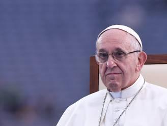 Duizenden demonstranten verwacht in Dublin tijdens misviering, paus vraagt om vergeving voor misbruik binnen kerk