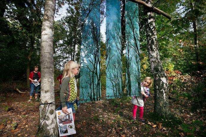 Vooral veel zestigplussers en gezinnen met jonge kinderen gingen afgelopen weekend naar Kunstsmullen.