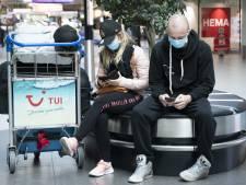 Rutte roept op tot solidariteit met reisbranche: 'Voorlopig door met vouchers'