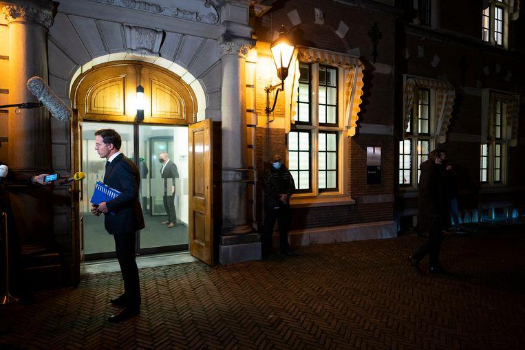 Premier Mark Rutte voor aanvang van de extra ministerraad over de toeslagenaffaire.  Beeld Freek van den Bergh / de Volkskrant