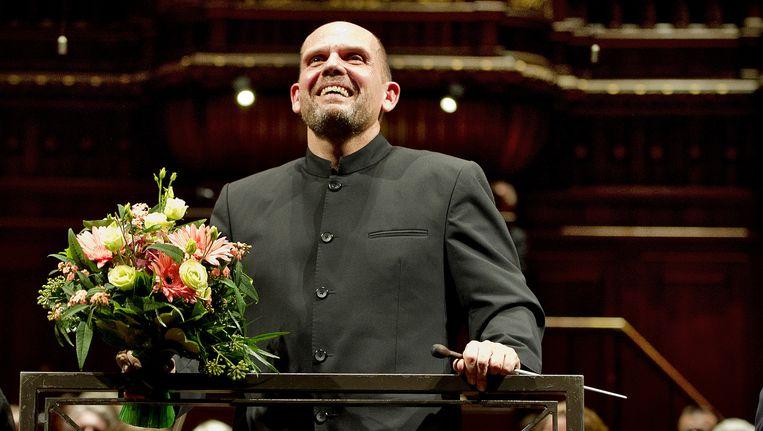 Jaap van Zweden neemt afscheid van het Radio Filharmonisch Orkest waaraan hij is verbonden sinds 2005. Beeld anp