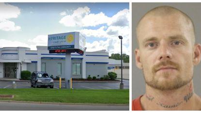 Overvaller misbruikt bankbediende tijdens zeven uur lange gijzeling