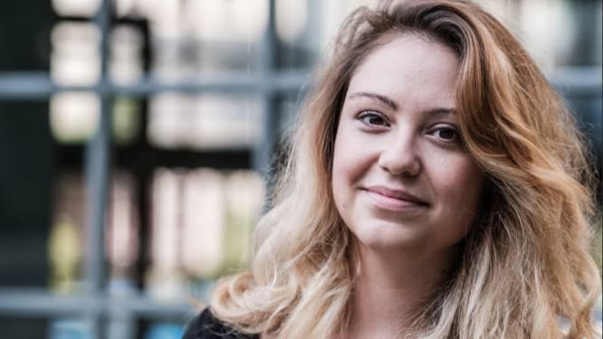"""COLUMN. Sara Leemans schrijft over 33-jarige single Hanne: """"Tegenwoordig bestaat er zelfs een forum 'Am I the asshole?'"""""""