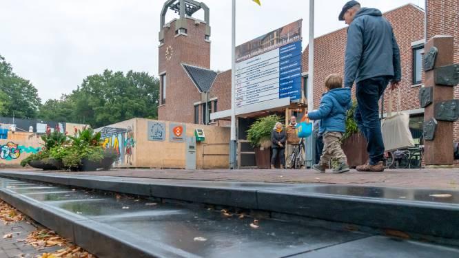 Deining skateboarders en carillon op Raadhuisplein Ermelo maakt buurt dol: 'Zo vaak, zo luid en zo dichtbij'