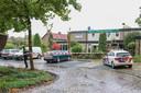 Politie bij het hotel in Bant waar op 21 oktober de vechtpartij plaatsvond.
