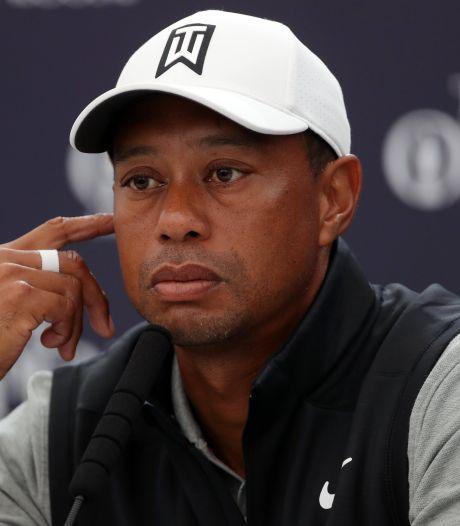 """Tiger Woods souriant sur ses béquilles: """"Mon parcours avance plus vite que moi"""""""