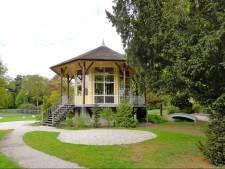 Wie koopt de Theekoepel in Steenwijks Park Rams Woerthe?