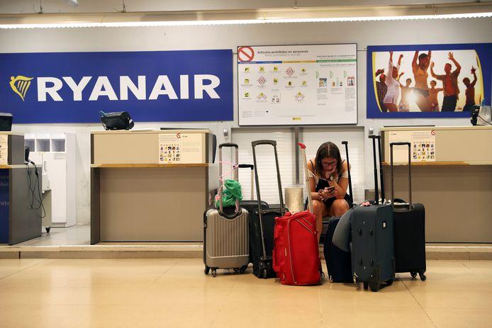 Alleen rug-, hand- of laptoptassen van normaal formaat mogen nog gratis mee het vliegtuig in, tenzij passagiers extra betalen voor een priority-ticket.