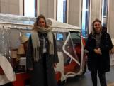 Tuktuk vol met lampjes voor eenzame Zwollenaren