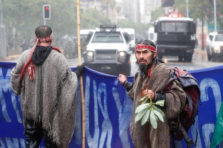 Mapucheprotest in Santiago, de hoofdstad van Chili. Beeld EPA
