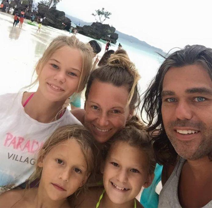 Didi Taihuttu met zijn gezin
