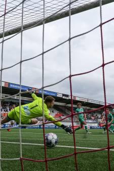 Eerste nederlaag voor onmachtig FC Dordrecht bij TOP Oss: 'Verschillende jongens leken wel slaperig'