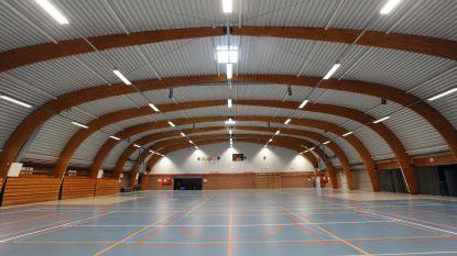 Dakwerken sporthal klaar: clubs kunnen weer sporten