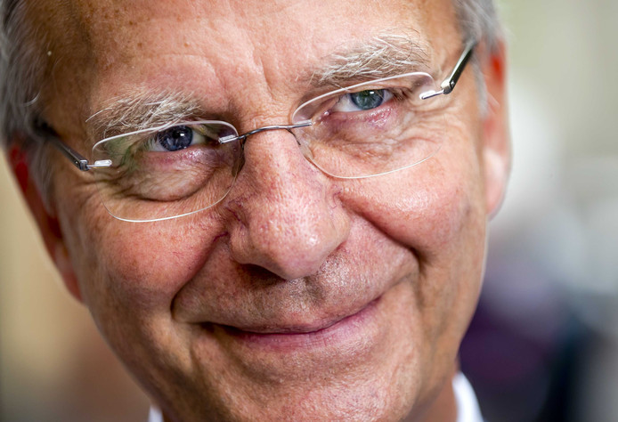 Voormalig minister Henk Kamp gaat aan de slag bij een branchevereniging voor zorgondernemers.
