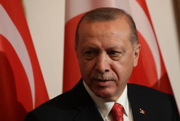 De Turkse president Recep Tayyip Erdogan arriveert voor een staatsbanket met de Duitse President Frank-Walter Steinmeier.
