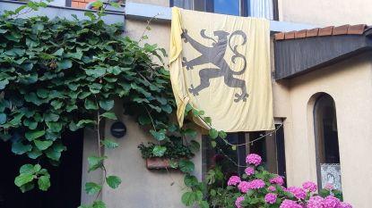 Vlaamse vlag N-VA-gemeenteraadslid Zeger Debyser gestolen