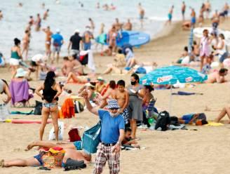 """Duitse touroperator wil enkel gevaccineerde mensen toelaten in hotels: """"We willen klanten zorgeloze vakantie geven"""""""