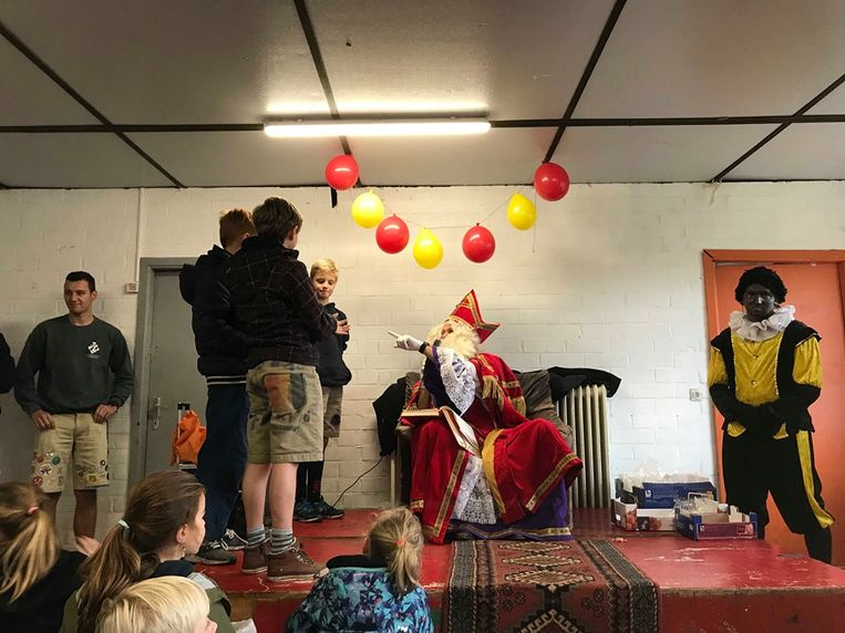 Sinterklaas sprak alle kinderen individueel toe