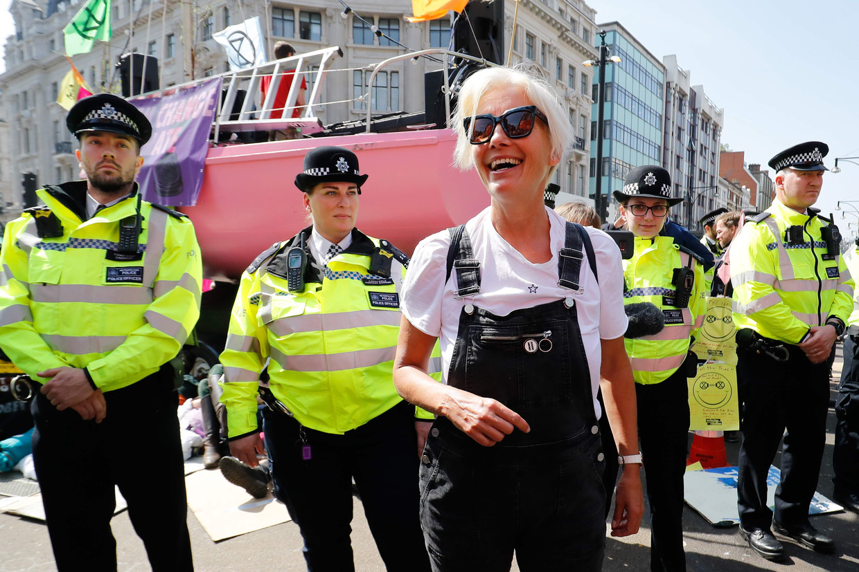 Actrice Emma Thompson tijdens de Extinction Rebellion in Londen.  Beeld AFP
