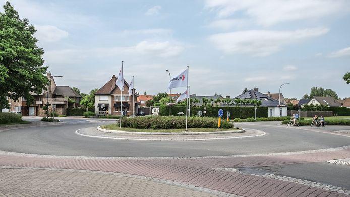 Kuurne en Harelbeke overwegen om een ontsluitingsweg aan te leggen die het rond punt aan de Kuurnebrug met de Stedestraat verbindt.