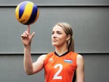Volleybalmotor Noa (14) uit Geesteren gaat voor elke bal op het EK