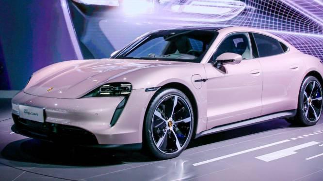 Porsche wil met roze auto meer vrouwelijke kopers aantrekken