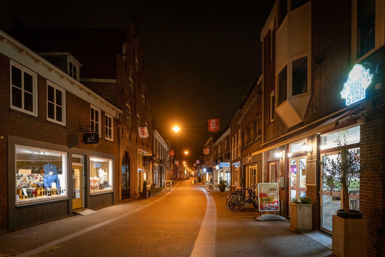 Een rustige zaterdagavond in Huissen vanwege het coronavirus.