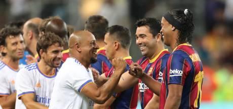 Ronaldinho, Figo en Ronald de Boer: veel lachende gezichten bij duel vol legendes Barça en Real Madrid