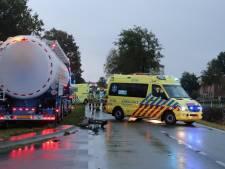 Scholier zwaargewond bij aanrijding met vrachtwagen in Harskamp