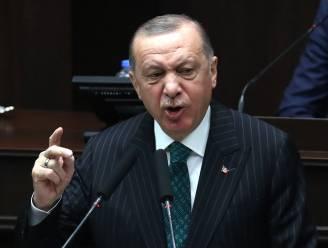 Turkse admiraals opgepakt na kritiek op kanaalplan regering-Erdogan