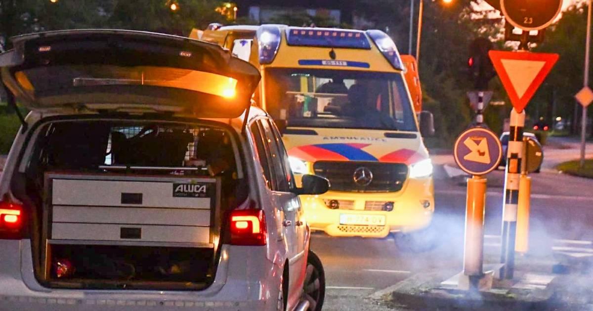 Twee jongeren naar het ziekenhuis na ernstig ongeval op de Hoge Valkseweg in Barneveld.