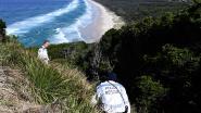 """Klimmers, duikers en drones op zoek naar vermiste Théo, politie houdt rekening met """"nachtelijke zwempartij"""""""
