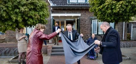 Onthulling gedenksteen 75 jaar bevrijding Deurne: 'Geen veteraan is hetzelfde, maar er is altijd een klik'