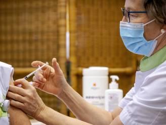 Opnieuw slecht nieuws voor artsen en verpleegkundigen in ziekenhuizen: vaccinaties volgende week veel lager dan gehoopt