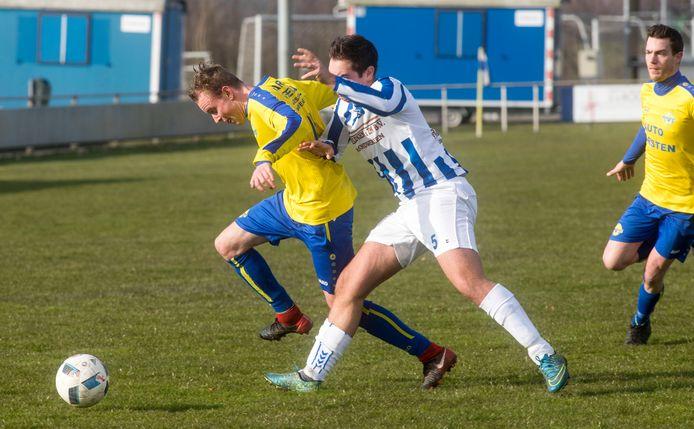 Onder meer de voetbalclubs Eli (Lieshout) en Mariahout hopen allebei dat de gemeente Laarbeek meer wil bijdragen aan het vervangen van de verplichting op hun sportparken.